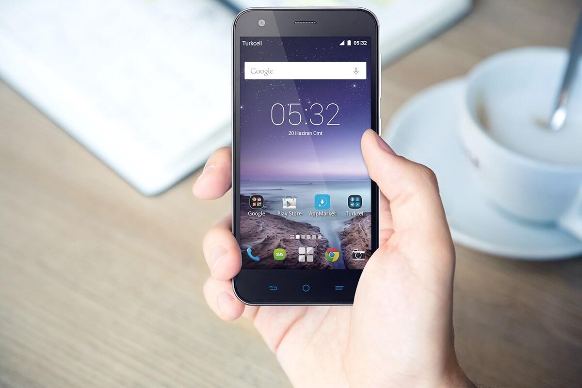 İşte Turkcell T60! Yerli teknoloji devinden yeni telefon!