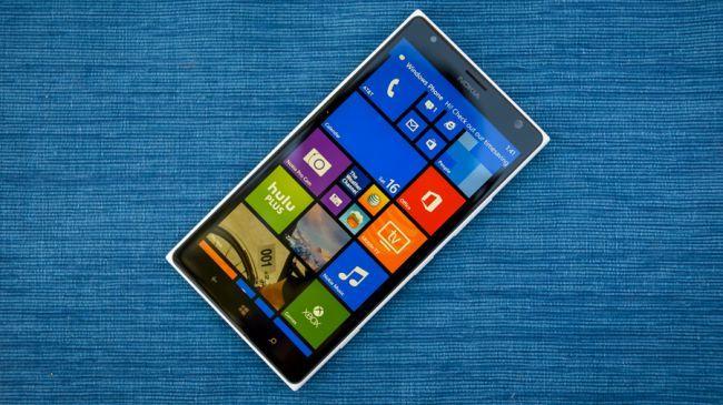 Windows 10 telefonlarda çalışırken görüntülendi!
