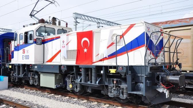 """Yerli üretim """"E1000 Elektrikli Lokomotif"""" testleri başarıyla geçti! 1"""